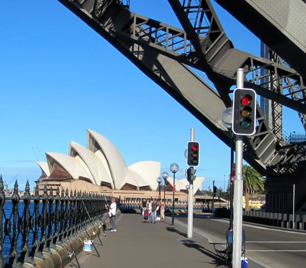 sydney-opera-harbor-bridge
