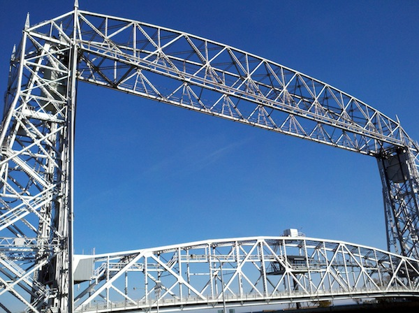 duluth-lift-bridge