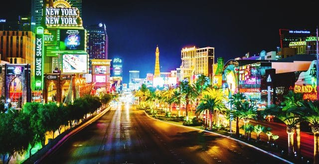 The Las Vegas Strip at Night plays host to our blog post about Pubcon 2017.